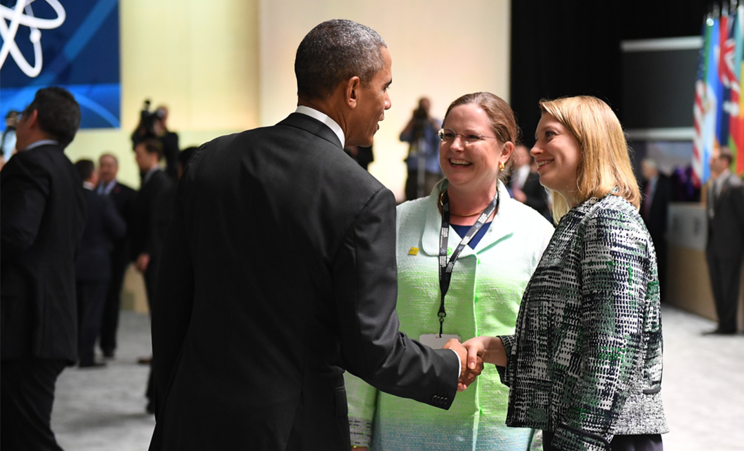 President Obama talks to two of his advisors, Laura Holgate (center) and Corey Hinderstein, at Nuclear Security Summit Plenary 1. Credit: Nuclear Security Summit 2016