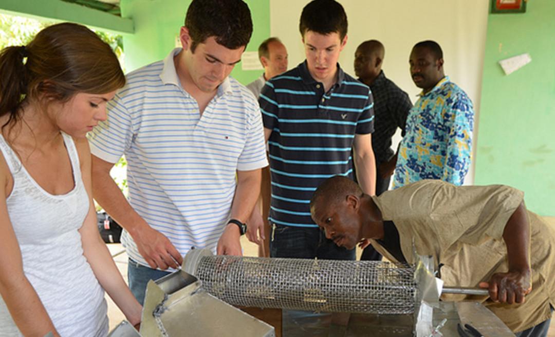 Students testing baobab machine